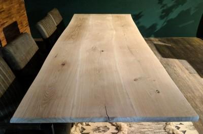 Baumtisch-3Lamellen-Wildeiche-Invisibell