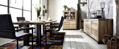 Tischgruppe-Sideboard-Highboard-Balkeneiche-Massivholz-Schwingstuhl
