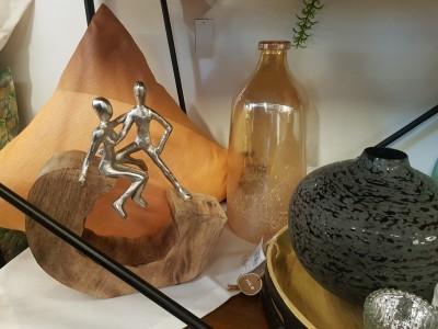 Deko-Figur-Vase-Kissen-Holz